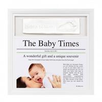 BabyArt News Print Frame Weiß und Schwarz