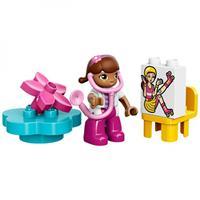 Lego Duplo Doc Mc Stuffins Rosie der Krankenwage Ausschnitt 04