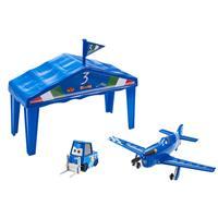 Disney Planes Y5735 Hangar Geschenkset Aeroflex
