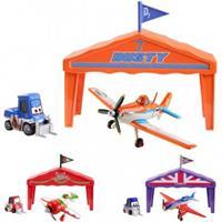 Disney Planes Y5735 Hangar Geschenkset