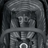 gb MARIS PLUS | Kinderwagen Lux Black | Gurtpolster