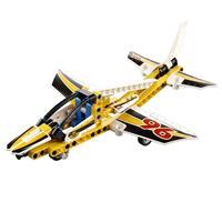 Lego Technic Düsenflugzeug 42044 Detaillierte Ansicht 02