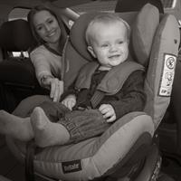 besafe kindersitz iZi CombiX4 ISOfix in car rear facing Detailansicht 01
