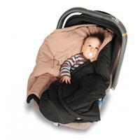 Coo Coon Einschlagdecke bei Verwendung mit Babyschale