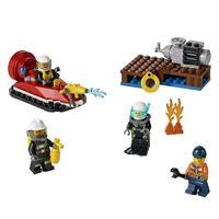 Lego City Feuerwehr Starter Set 60106 Detaillierte Ansicht 02