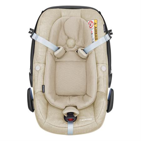 8798332121 Maxi Cosi Pebble Plus Nomad Sand Easy Out Gurtsystem