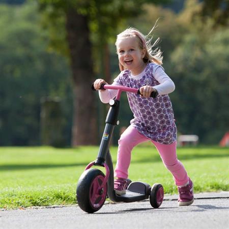 Kettler Kids Scooter Girl   Mädchen mit Roller